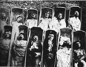 Communards_in_their_Coffins